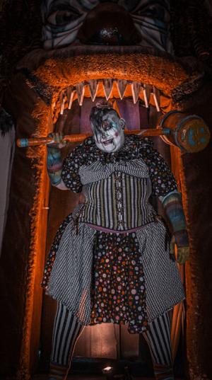 best-haunted-house-ma-nh-nashua-fright-kingdom (25)